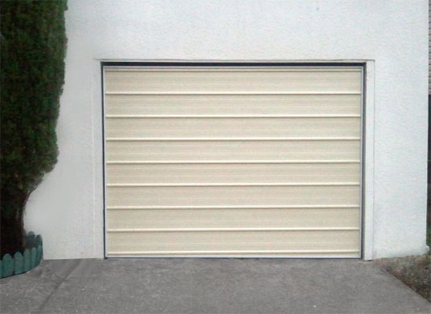 Modern standard tilt door2